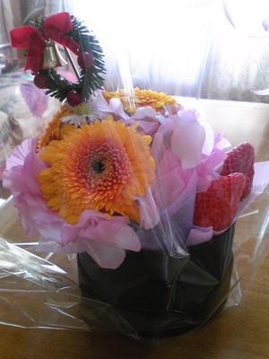 イチゴとお花
