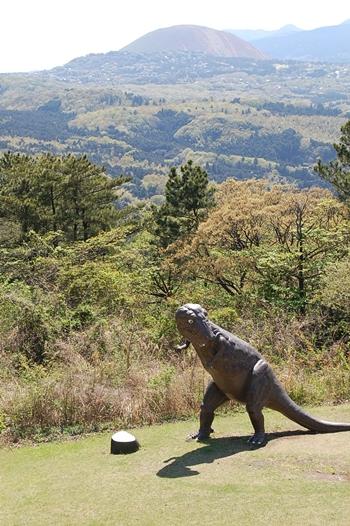 恐竜発見っ