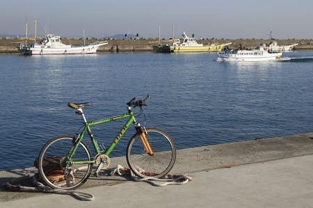 071227mtb茅ヶ崎漁港