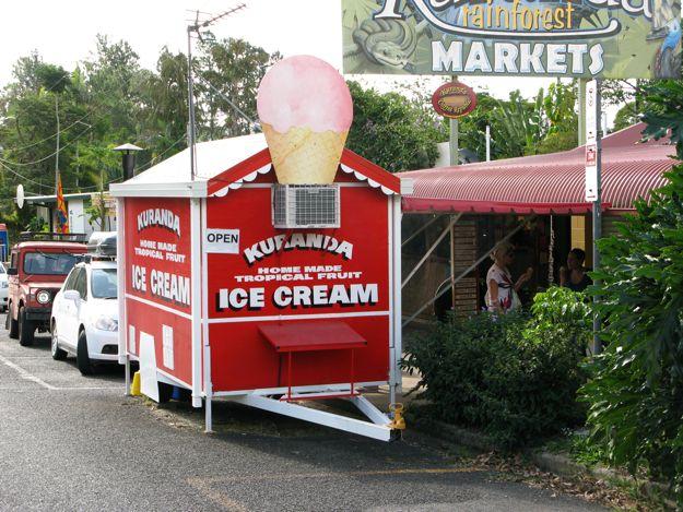 2506キュランダアイスクリーム屋