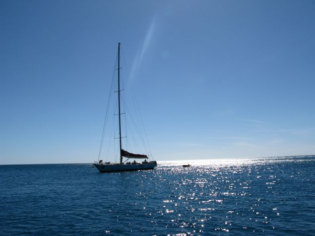 0307海ヨット一隻