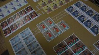 いっぱいの切手