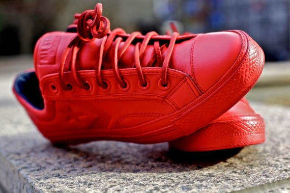 ronnie-fieg-converse-star-player-75-red-wiz-khalifa-1-570x379.jpg