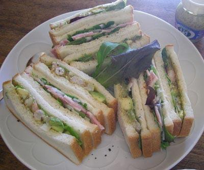 手作りサンドイッチ!海老とアボガドのサンドイッチ!ハムとベビーリーフのサンドイッチ!2007.12.24