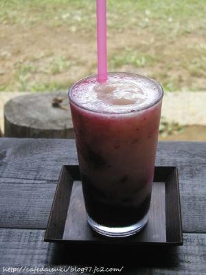 空cafe◇ブルーベリーと桃のスムージー