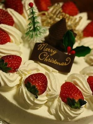 クリスマスケーキ 軽くて美味しい