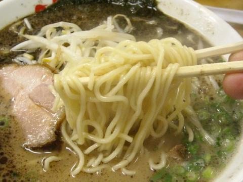 なんつッ亭弐・らーめん 細麺