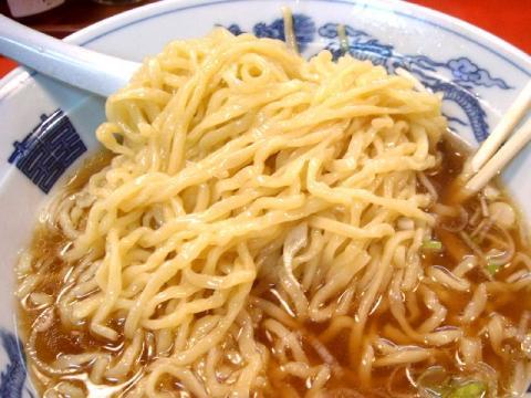 たん吉・ラーメン 麺
