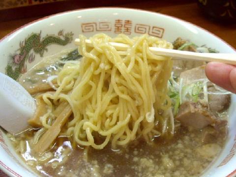 やじろう新小路店・醤油ラーメン麺