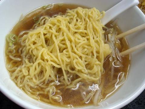 福臨軒・ 醤油ラーメン 麺