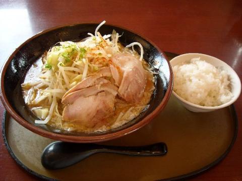 さんぽう亭三条四日町店・ こってり和風豚骨麺