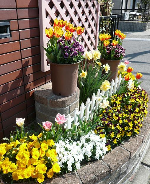 P1290327_門前花壇2