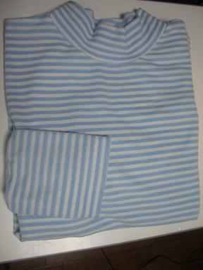 パパパイルの縞々シャツ