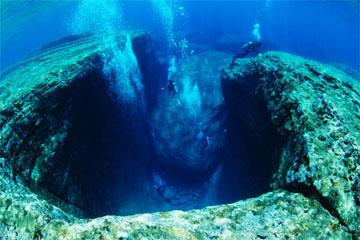海底遺跡(与那国島)