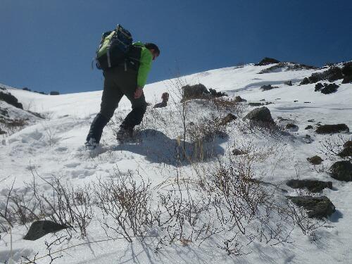 2011.04.01 茶臼岳登山ルート視察 001
