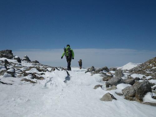 2011.04.01 茶臼岳登山ルート視察 023