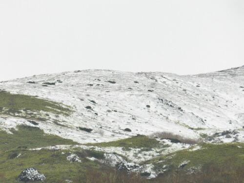 南月山の尾根