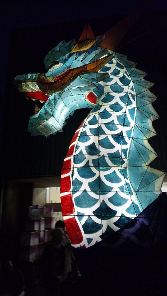 燈篭まつりの龍の頭の山車