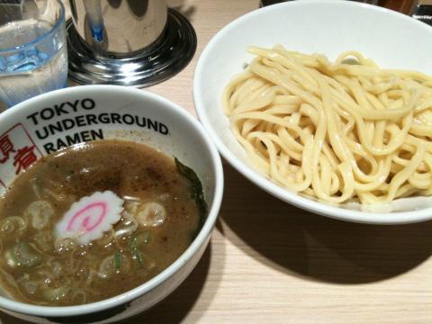 TokyoUnderGroundRamen110829