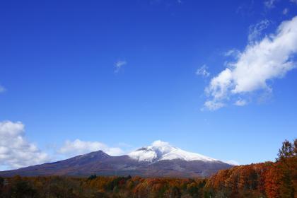 浅間雪景色