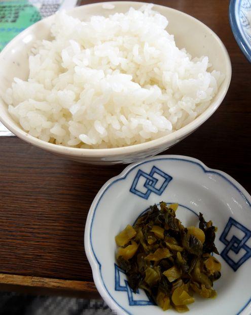 『井手ちゃんぽん  小戸店』「ランチセット」に着く「小めし(高菜漬け付)」