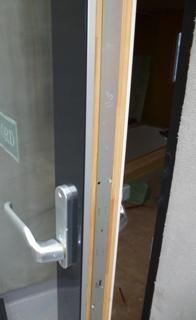 木製三層ガラスサッシ