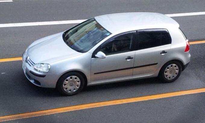 VW   GOLF_20120106