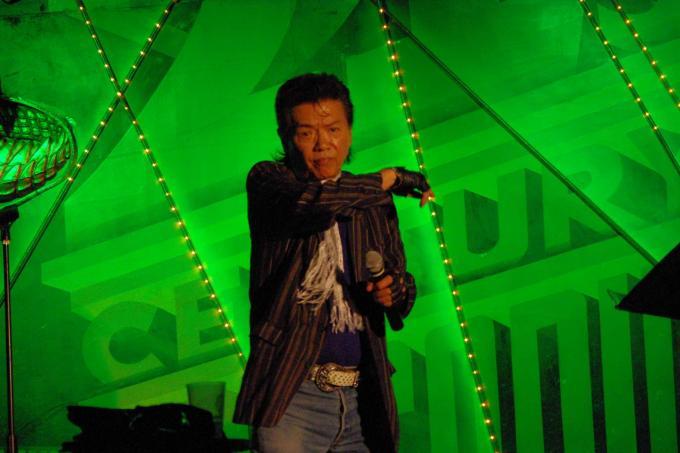SOLO  LIVE_20110601
