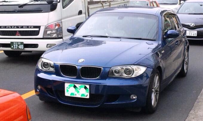BMW   1 2 0   i_20111129