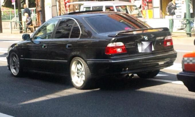 BMW 525i _20110428