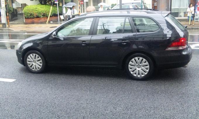 VW GOLF ヴァリアント_20110611