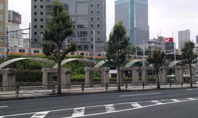 SUIDOUBASHI_20110614
