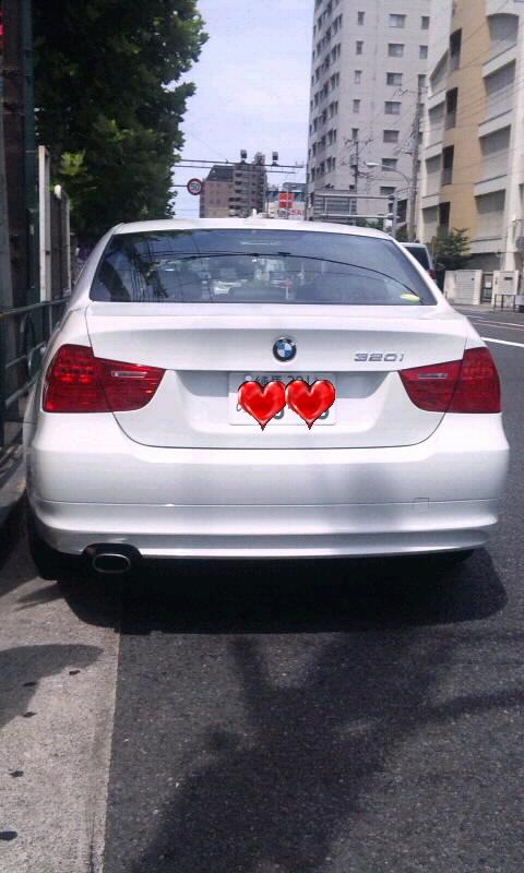 BMW  320 i _20110718