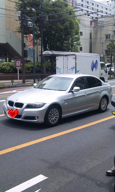 BMW 320i_20110802