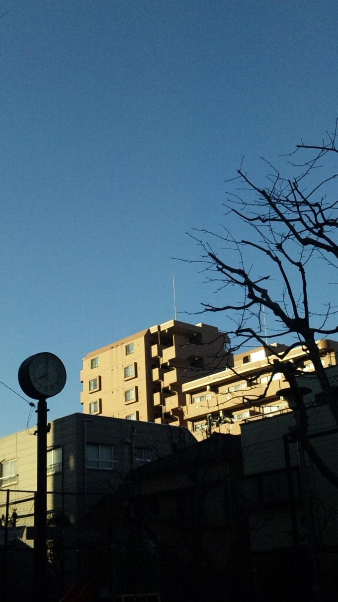 8:00  JUST_20120204