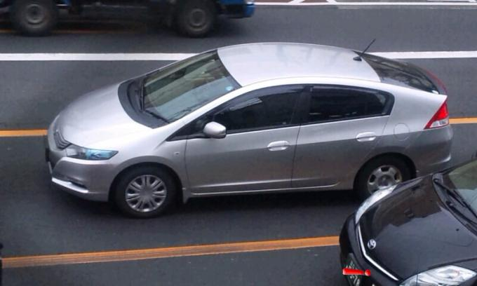 HONDA  INSIGHT_20120220