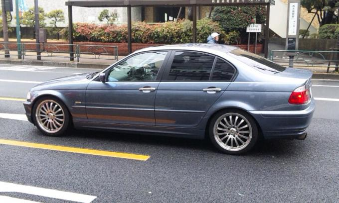 BMW  3  Series_20120306