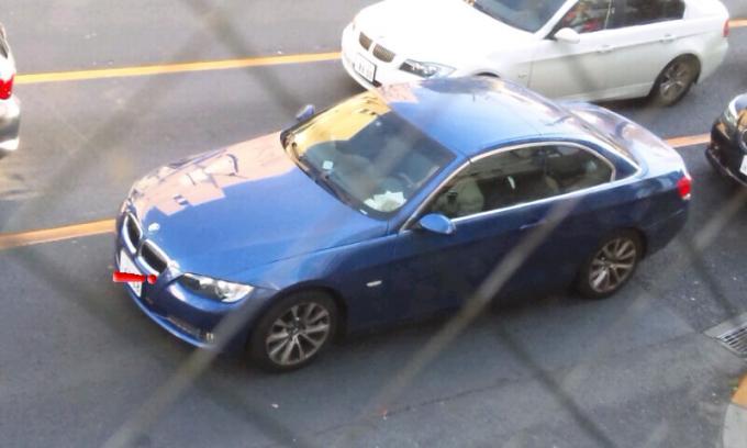 BMW   335i_20111213