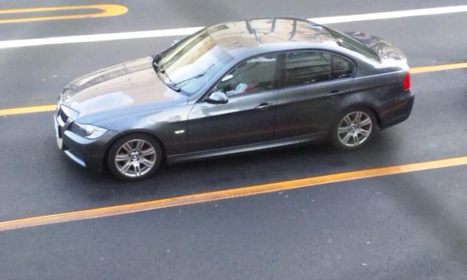 BMW    380  i_20111203