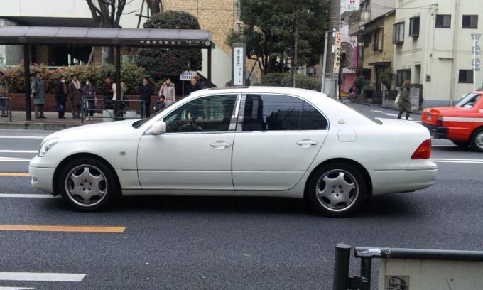 TOYOTA   CELSIOR_20120206