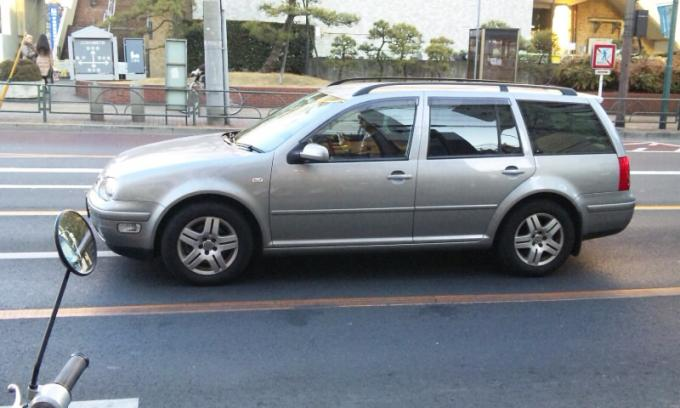 VW   GOLF   VARIANT_20120203