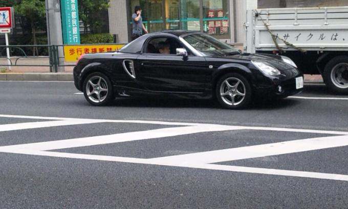 TOYOTA  MR-S_20110722