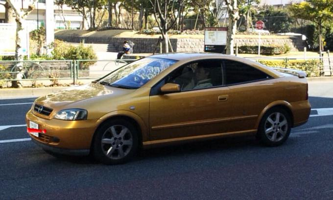OPRL    ASTRA   COUPE_20120209