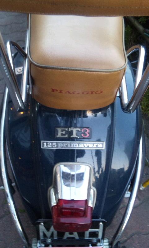 Vespa  PIAGGIO 125 primavera_20110414