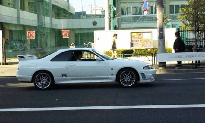 SKYLINE   GT-R_20111030