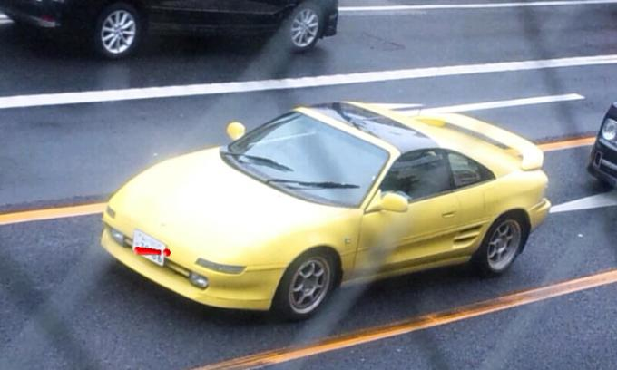 TOYOTA   MR-2_20120122