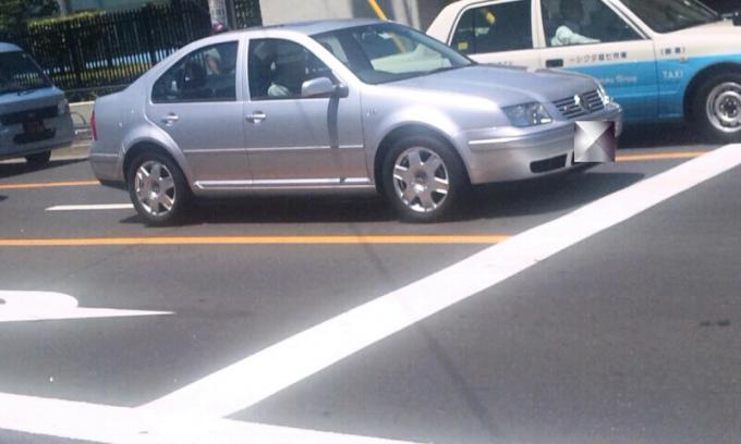VW  BORA_20110717