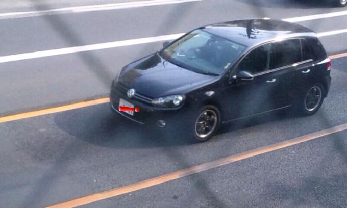 VW   GOLF_20120201
