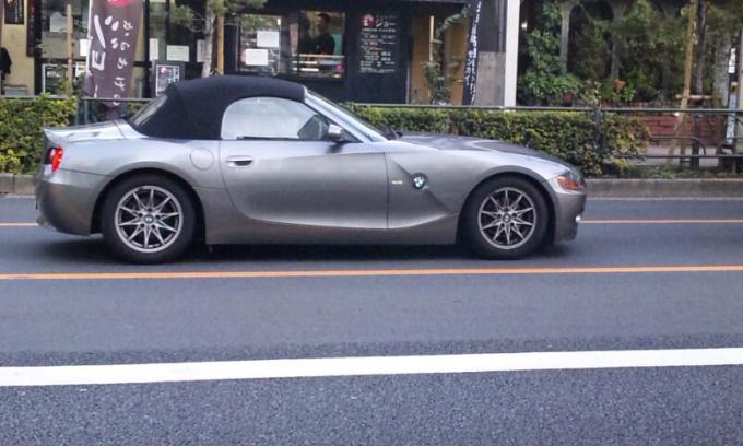 BMW    Z   4_20111121