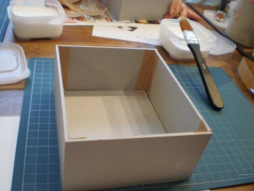 箱組み立て